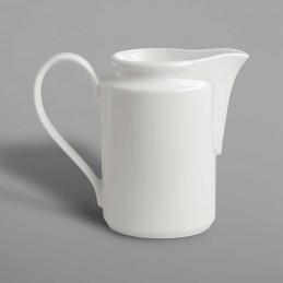 Crémier blanc en porcelaine...